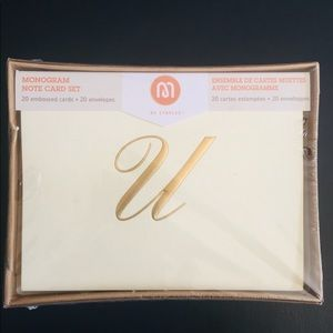 Accessories - Embossed Monogrammed Note Cards Letter U